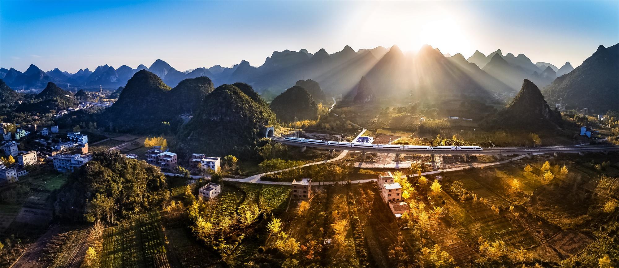 无人机航拍桂林山水